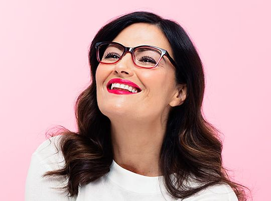 a9e93520bb0 Make-up hacks for glasses wearers